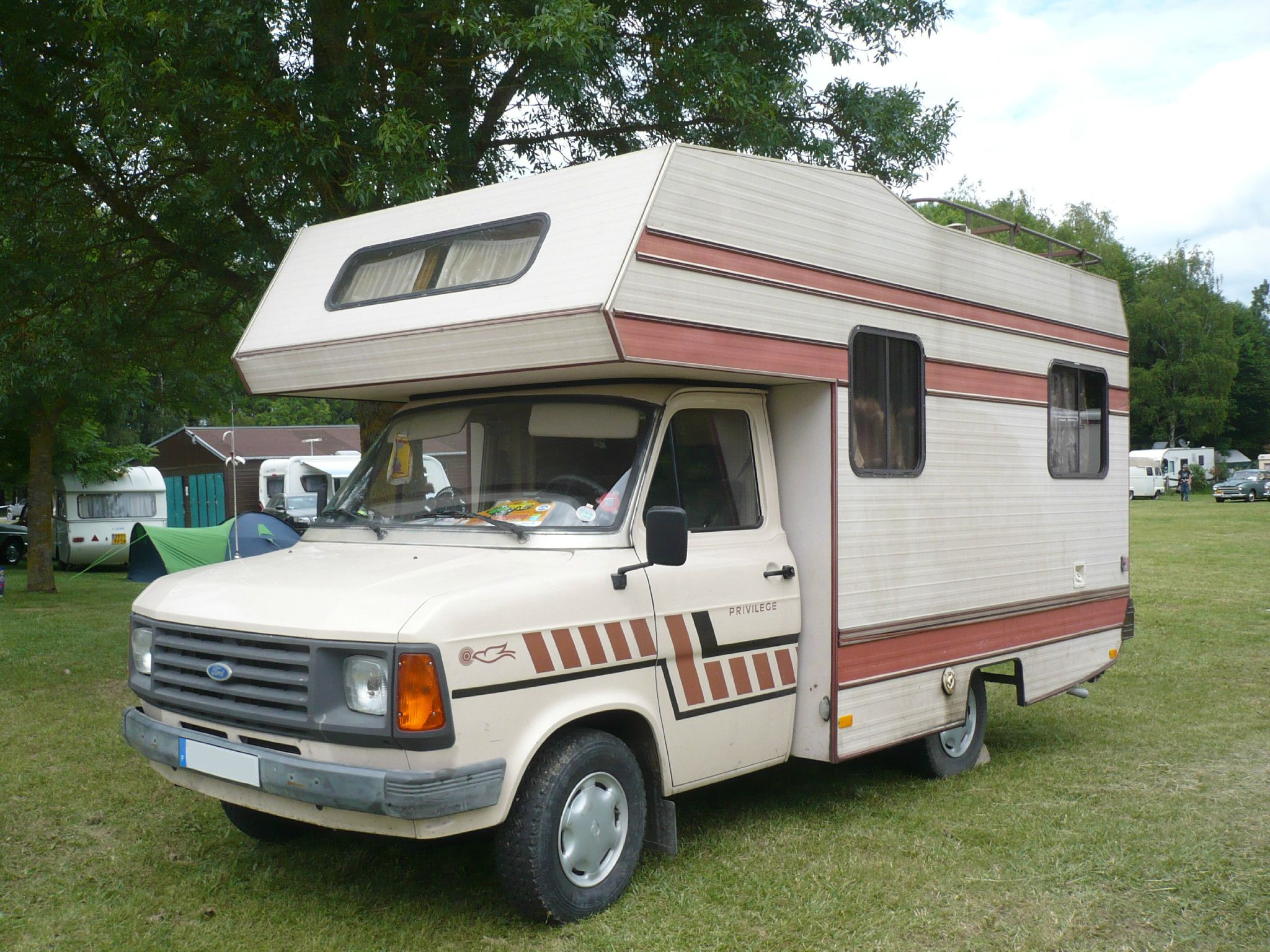 ford transit mk2 camping car messager vroom vroom. Black Bedroom Furniture Sets. Home Design Ideas