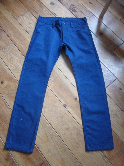 Un nouveau jeans bleu majorelle pour LUI...