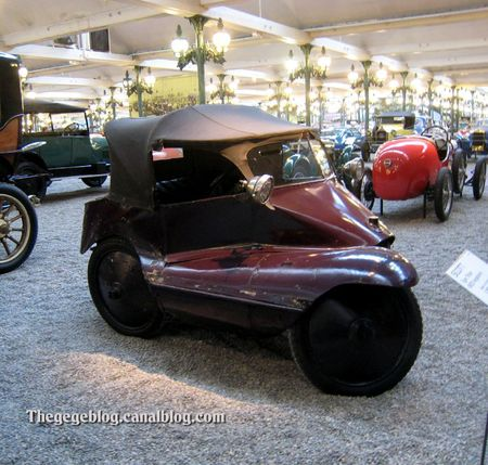 Scott tricar de 1923 (Cité de l'Automobile Collection Schlumpf à Mulhouse) 01