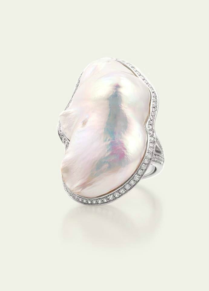 Ann Ziff. Freshwater White Baroque Pearl Ring