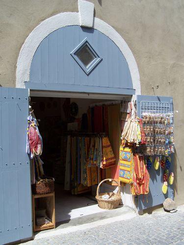 Carcassonne-boutique linge provençal