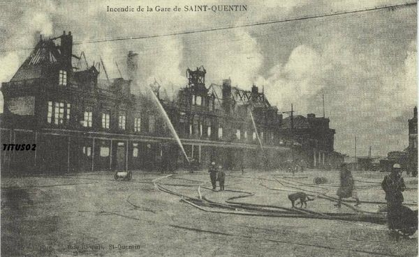 1355779683-Incendie-de-la-gare-de-Saint-Quentin-reproduction-