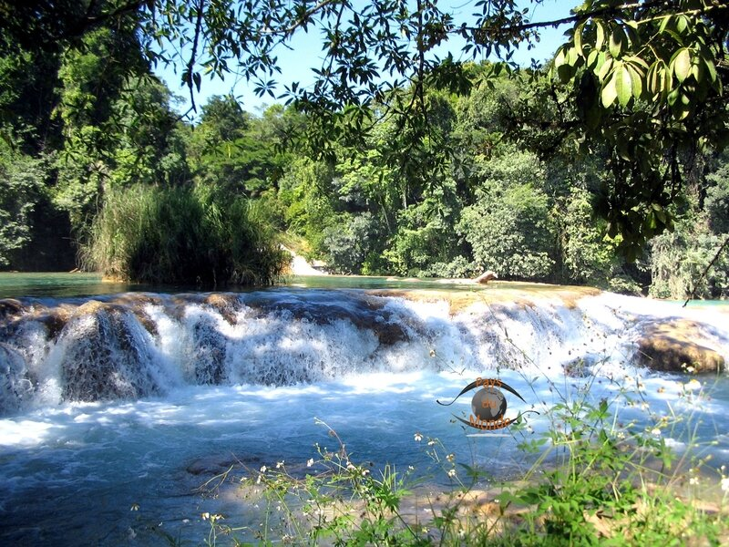 Agua-azul cascade