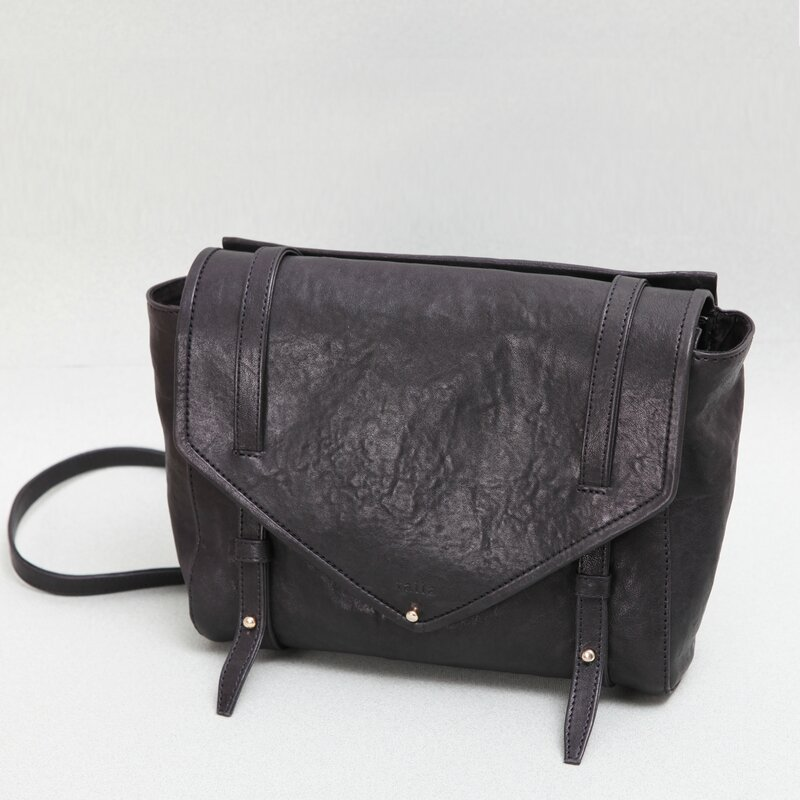 Carole black face Sac Talla