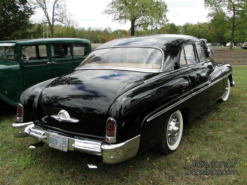 mercury-sport-sedan-1951-02