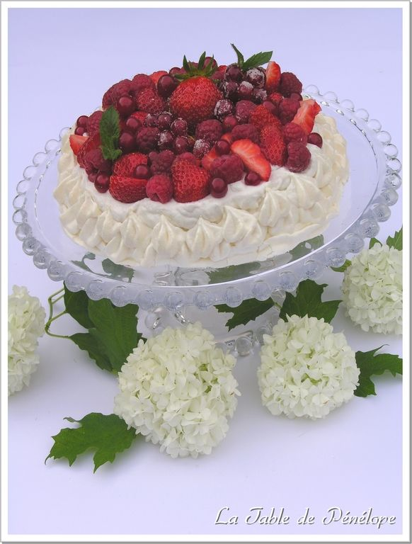 Pavlova_fruits_rouges_5