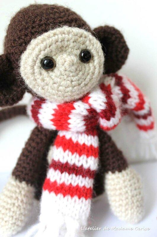 écharpe-singe