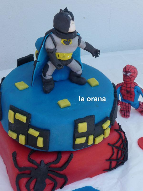Souvent Gâteau Batman vs Spiderman/Batman cake/Spiderman cake - Mes petits  XX37