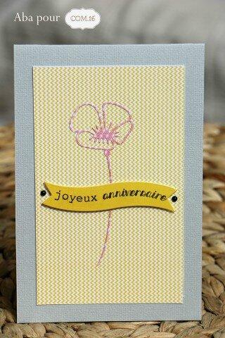 aba_com16_carte_sacha_celeste_fleur_jaune_gris2-320x480