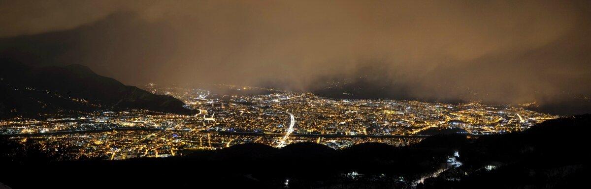 Giboulées et joli spectacle...au-dessus de Grenoble!