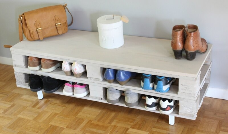 diy rangement r cup 39 range chaussures en palettes. Black Bedroom Furniture Sets. Home Design Ideas