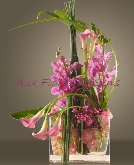 Arrangement avec dendrobiums roses