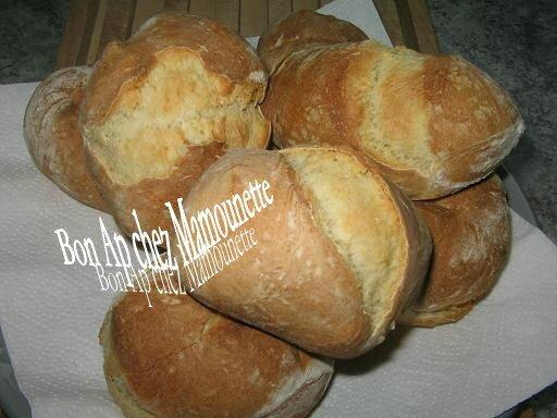 Petits pains tout maison 024