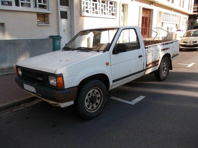 NissanD21av1