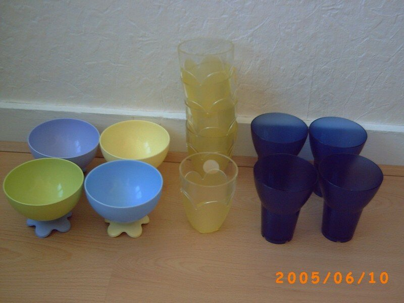 goblets portes brosses dents verres ikea plastiques vends articles pour la maison avec. Black Bedroom Furniture Sets. Home Design Ideas