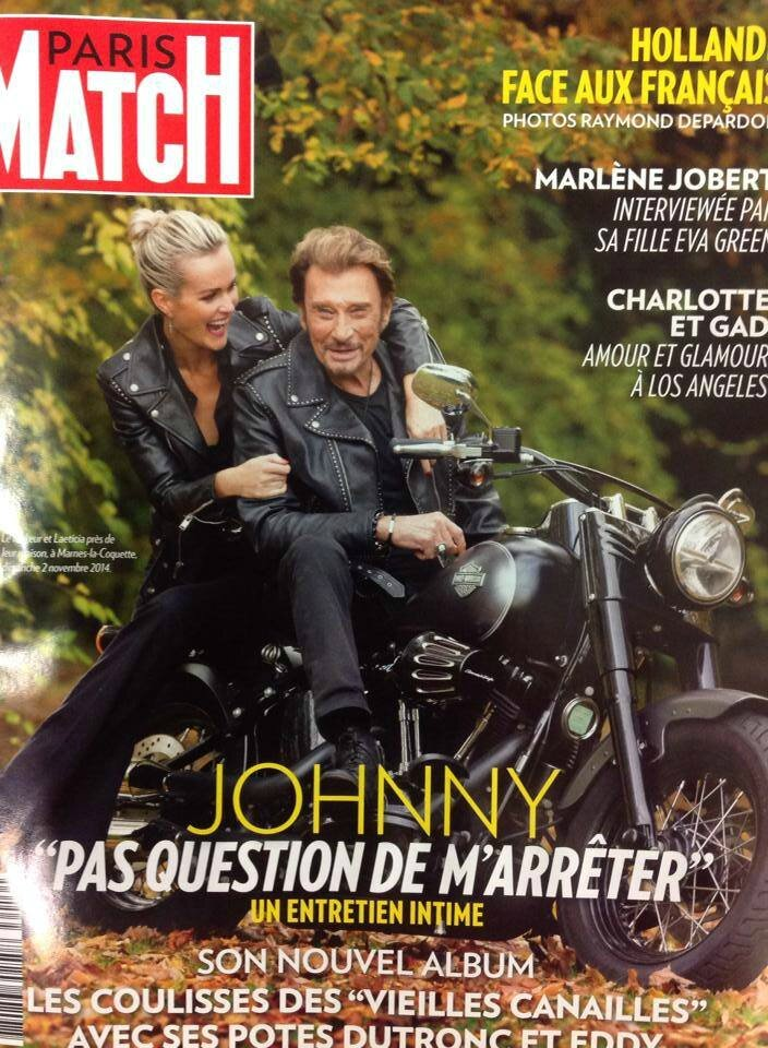 johnny dans paris match du 06 novembre 2011 johnny hallyday. Black Bedroom Furniture Sets. Home Design Ideas