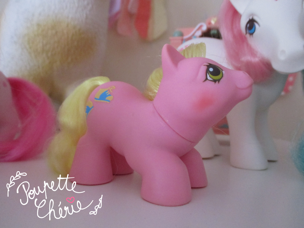 Little Pony Closing Eyes 16