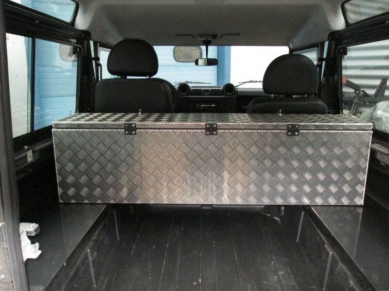 Jantes 10x15 pour proto 4x4 land rover defender garage for Garage de 4x4