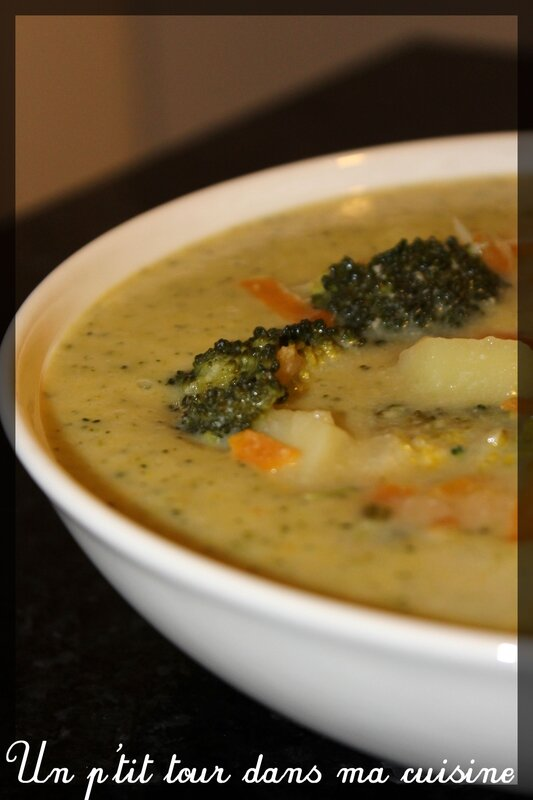 Soupe brocolis fromage
