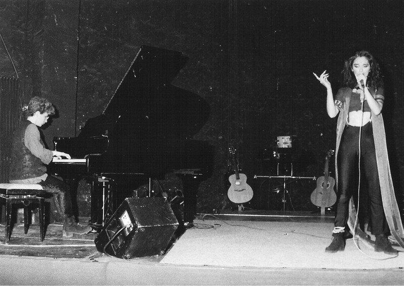 En concert avec Jade (théâtre Maison Blanche, Marseille) 94