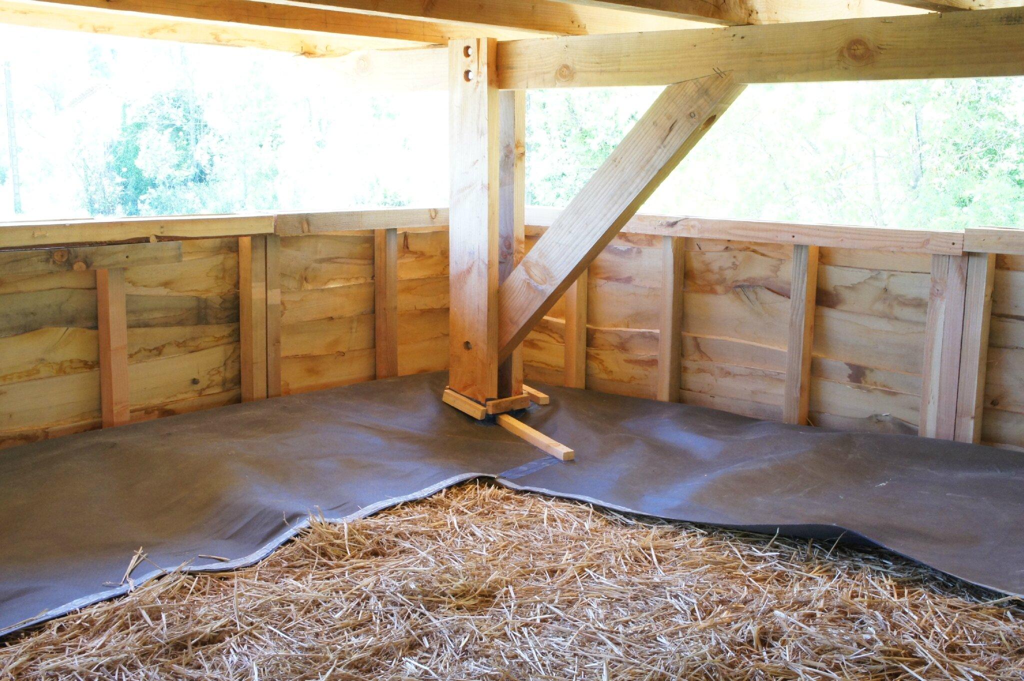 pare pluie sur isolation en plafond le clos des hauts. Black Bedroom Furniture Sets. Home Design Ideas