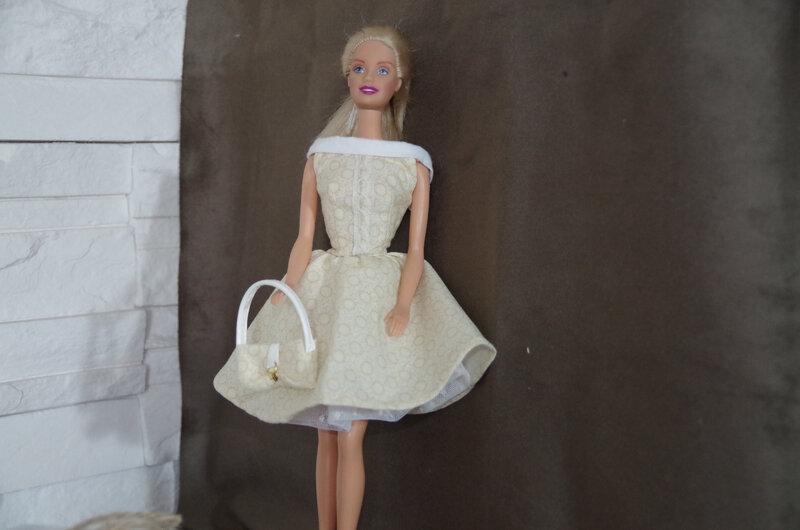 jeux-robe-vintage-barbie-fr-ou-silkstone-20666068-imgp2003-jpg-eb113_big