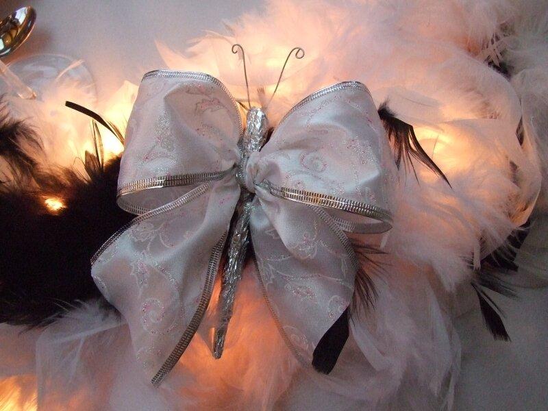 Papillon de Noël avec un ruban plus large