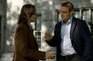 STARGATE-UNIVERSE-Robert-Carlyle-and-Michael-Shanks