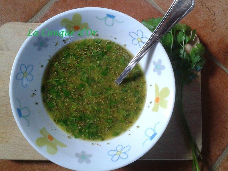 Il salmoriglio ou sauce au persil citron pour poissons et viandes grill s recettes de base la - Sauce pour crustaces grilles ...