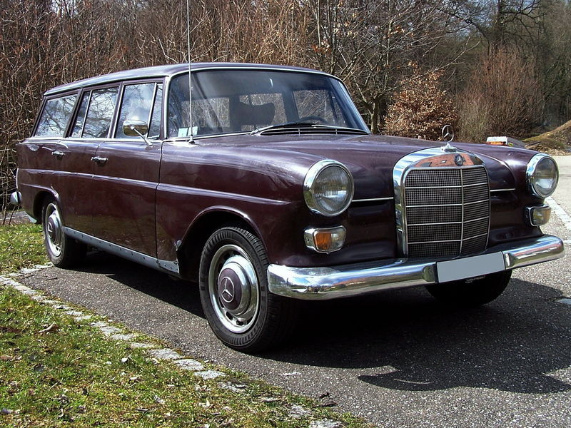 mercedes benz fintail type w110 200 d break oldiesfan67 mon blog auto. Black Bedroom Furniture Sets. Home Design Ideas