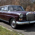 Mercedes - benz (fintail type w110) 200 d break