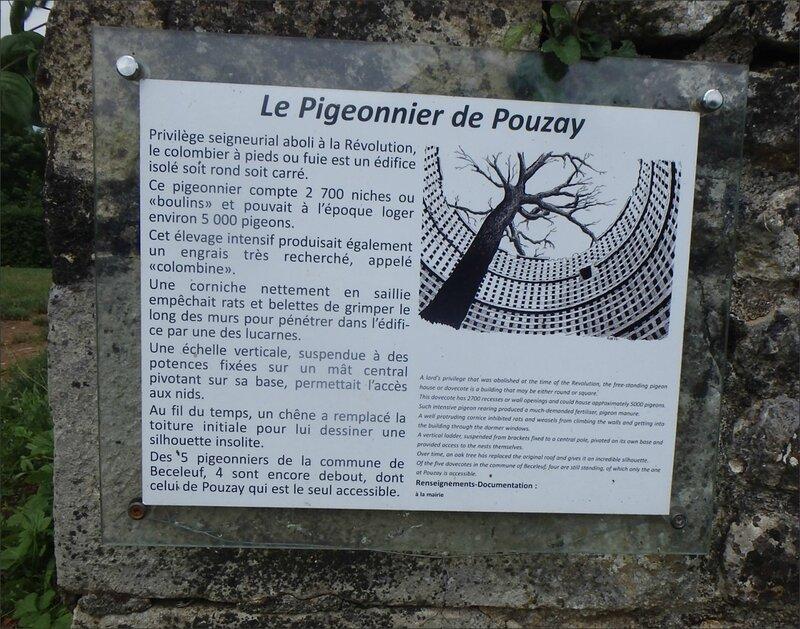 Pouzay pigeonnier panonceau 110616