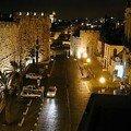 L'armée israélienne d'occupation démolit une muraille historique construite il y a 491 ans à jérusalem