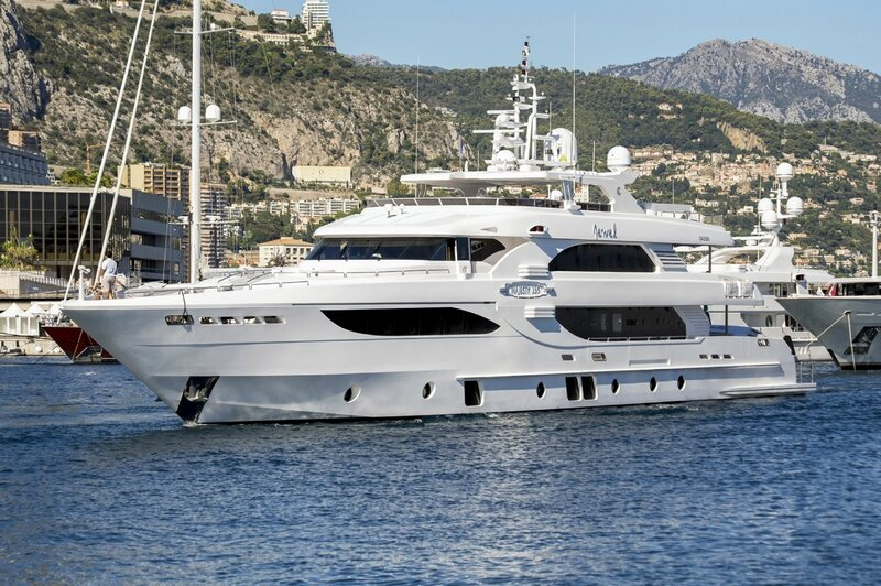 Majesty 135 Port Hercules Monaco (3)