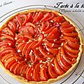 Tarte à la tomate : oignons, échalote et thym