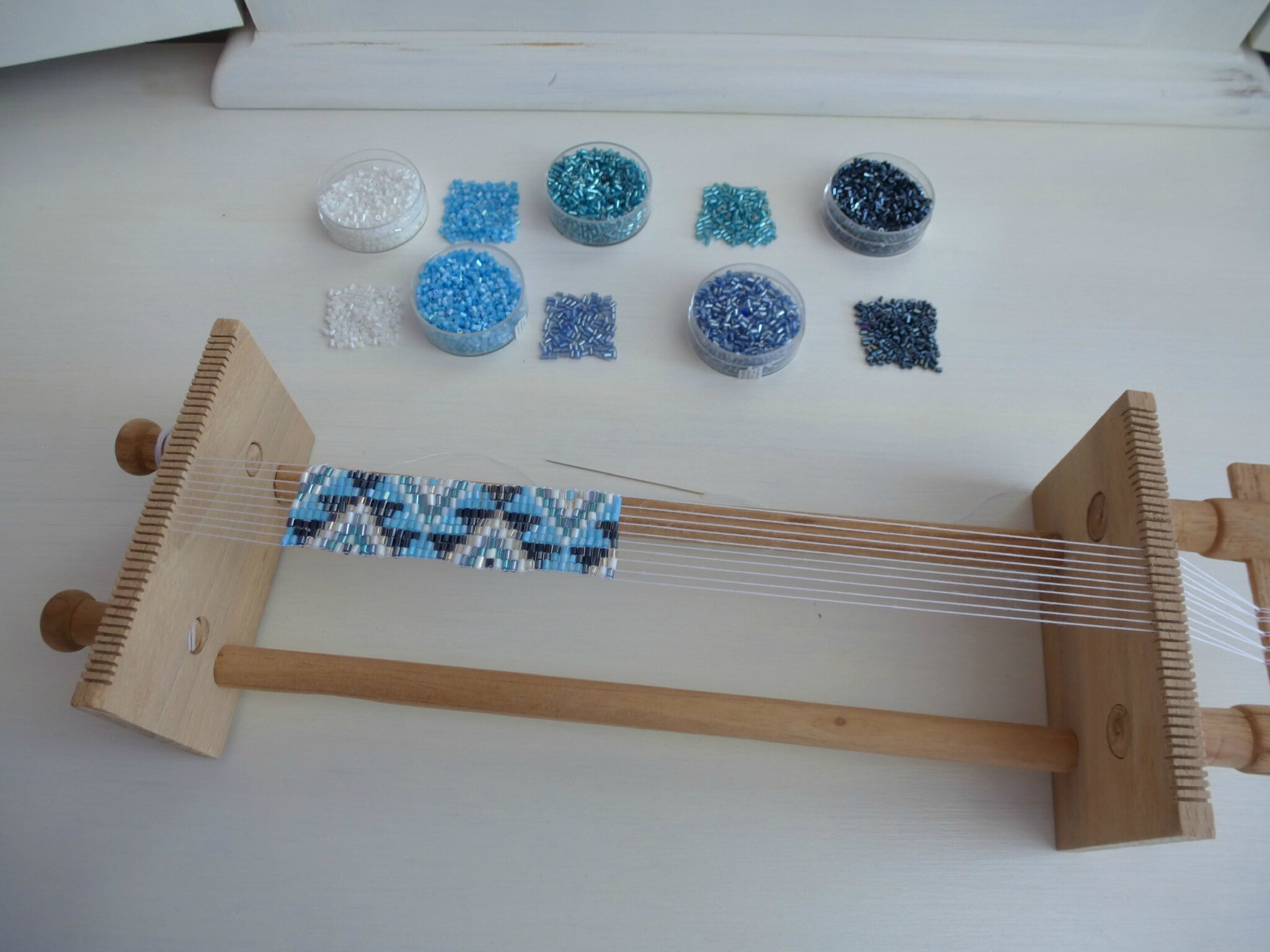 Bracelet Metier A Tisser Perles Fontaine Developpement