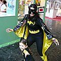 Batgirl et son adorable mini Batgirl