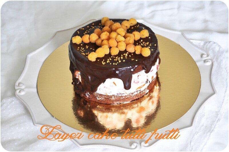 Layer cake au chocolat & tutti frutti d'été