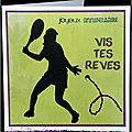 Carte d'anniversaire féminine avec tenniswoman