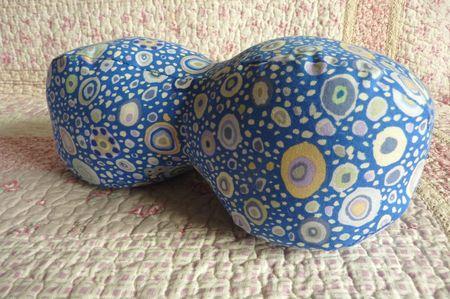 Coussins cacahuetes - bleu