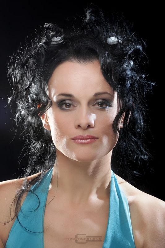 Coiffure et maquillage jeux de coiffure auto design tech - Jeux de coiffure raiponce ...