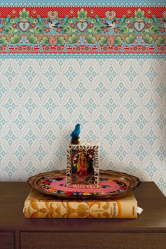 14-Different-and-Stunning-Vintage-Wallpaper-Design-by-Catalina-Estrada-5-7