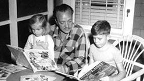 Gustaf accompagné de ses deux enfants