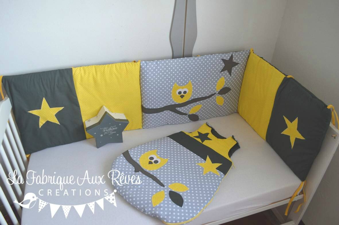 tour lit et gigoteuse hibou toiles jaune et gris. Black Bedroom Furniture Sets. Home Design Ideas