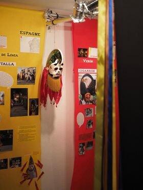 vue Exposition carnet de voyage - masques de carnaval