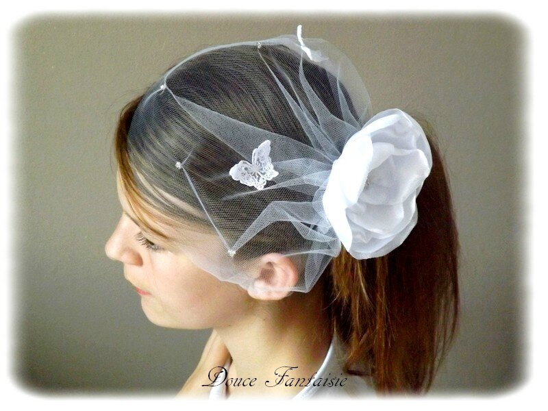 Voilette de mariée en tulle fleur satin blanc papillon dentelle accessoire cheveux de mariée