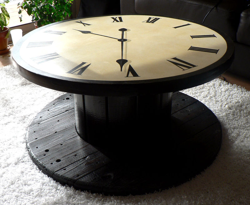 table horloge photo de meubles peints marie louise. Black Bedroom Furniture Sets. Home Design Ideas