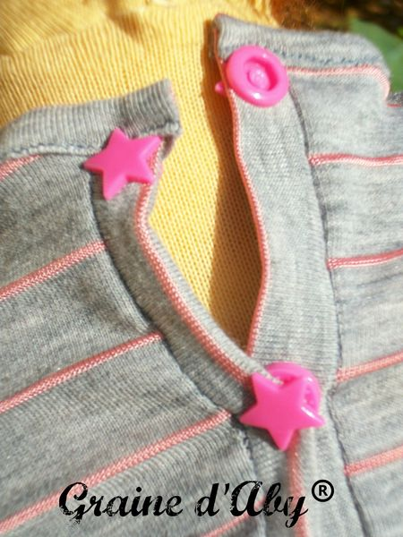 poupée waldorf top gris détail