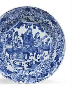 a_blue_and_white_musicians_dish_circa_1700_d5527820h