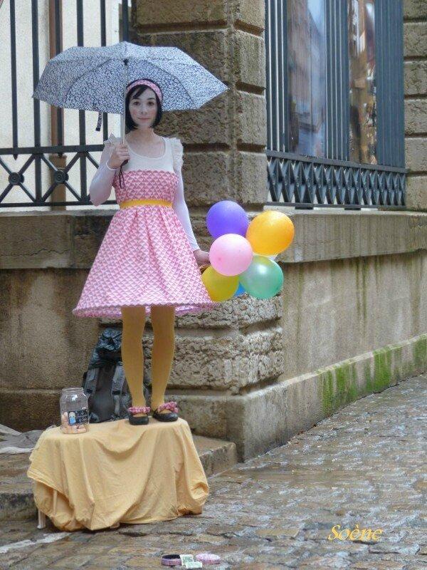 a-St-Jean-poupée vivante (2)